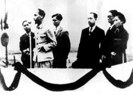 Août 1945 : le Viêt-Minh profite de la vacance du pouvoir